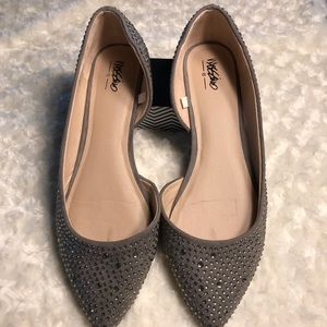 MOSSIMO grey jeweled pointy flats size 9